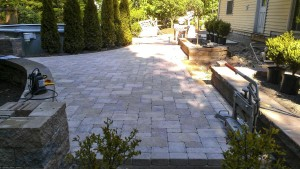 Summerbreeze_Landscaping_DecktoPatio_009