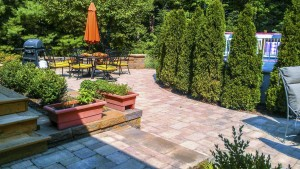 Summerbreeze_Landscaping_DecktoPatio_012