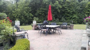 Summerbreeze_Landscaping_PergolaYard_005