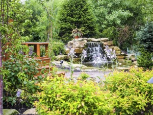 Summerbreeze_Landscaping_WaterfallPatio_004